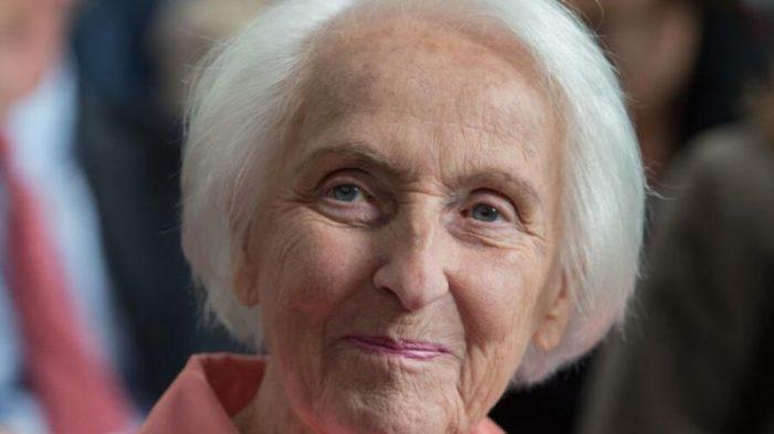 Мама Сюзанны Клаттен.