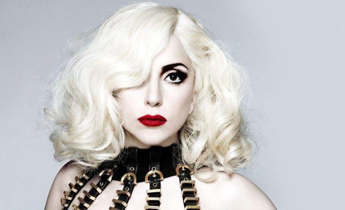 Эпатажная Леди Гага. \ Фото: vladtime.ru.