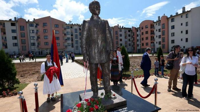 В Сараево к столетию теракта боснийские сербы открыли памятник Гавриилу Принципу.