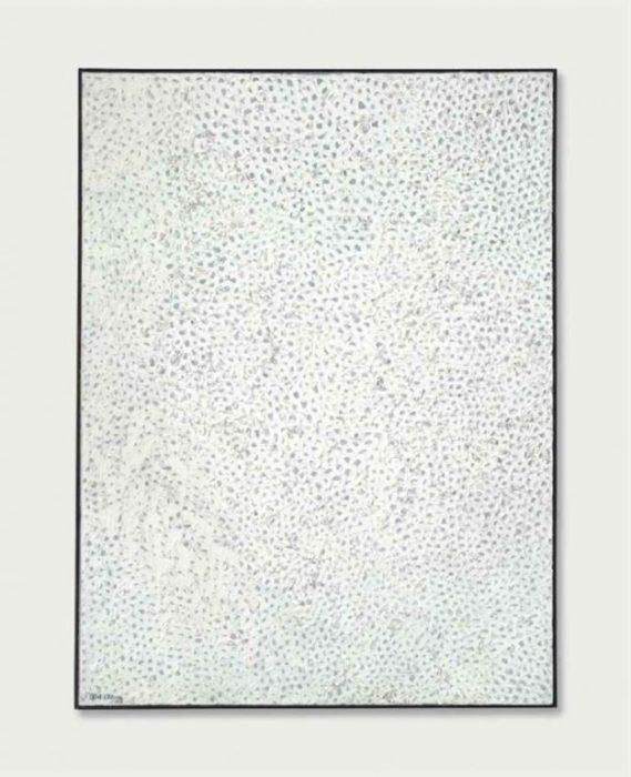 В 2014 году ее картина «Белый №28» была продана на Christies за рекордные $7,1 млн.
