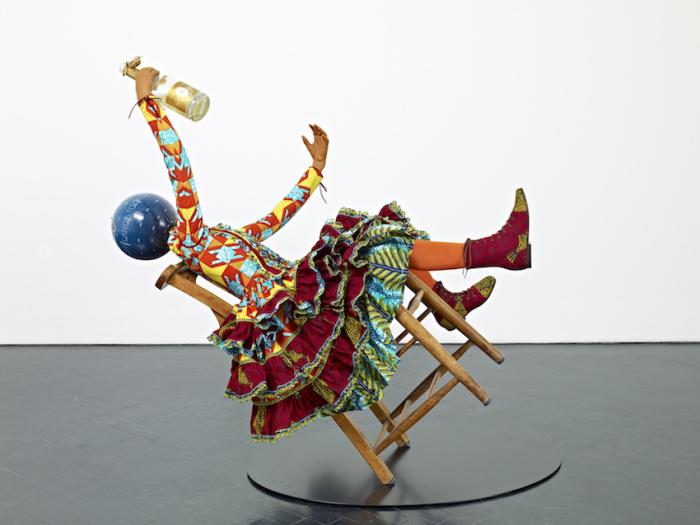 Неординарные работы Yinka Shonibare. \ Фото: patternpeople.com.
