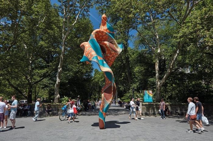 Скульптура ветер, 2018 год. \ Фото: apollo-magazine.