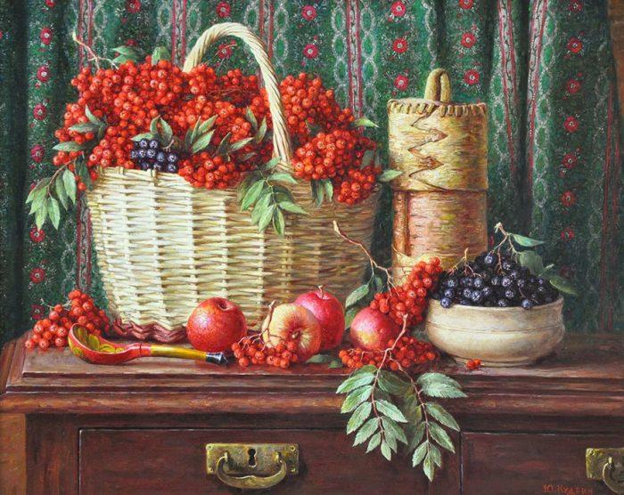 Натюрморт с красной рябиной. Автор: Юрий Кудрин.