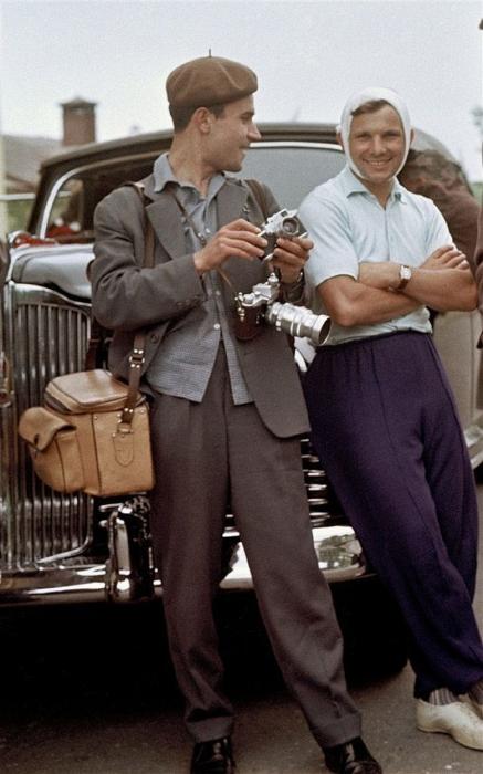 Юрий Абрамочкин с Юрием Гагариным, 1961 год. Автор: Юрий Абрамочкин.