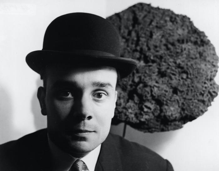 Ив Кляйн, Ида Кар, 1957  год. \ Фото: barnebys.fr.