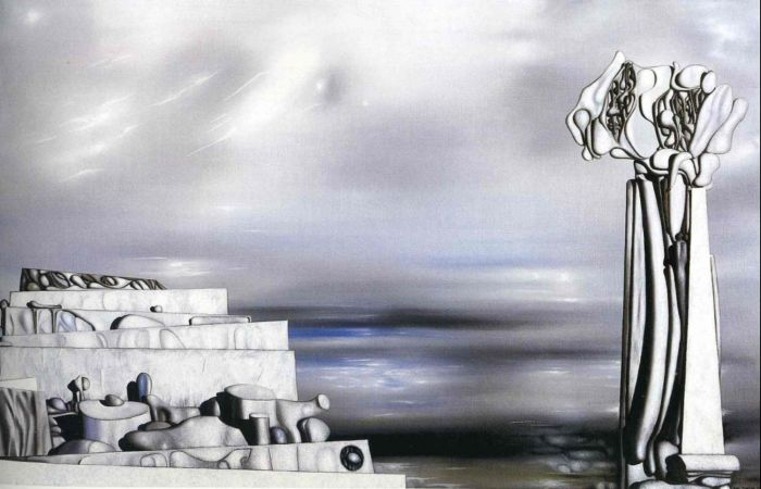 Монумент. Автор: Yves Tanguy.