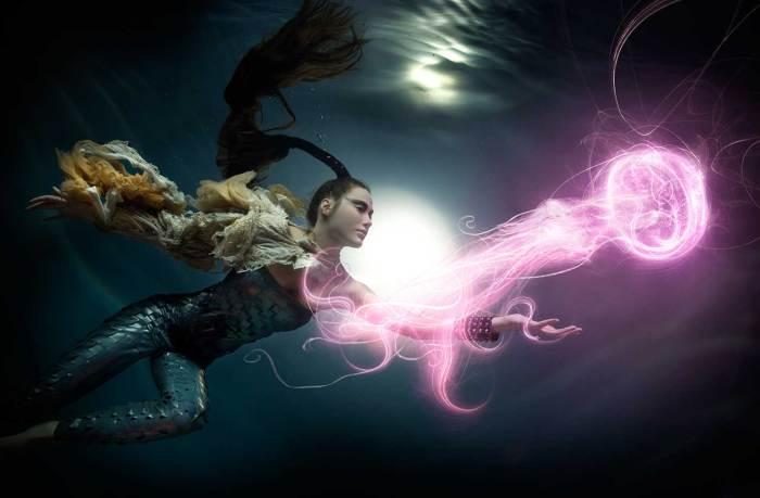 Ловец медуз. Автор: Zena Holloway.