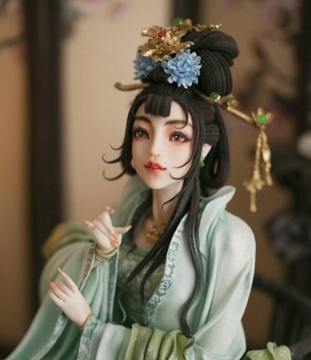 Выполненная из теста и съедобных красителей фигурка У Цзэтянь и принесла победу Чжоу.