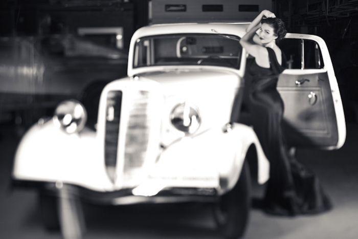 Что может быть прекраснее, женщин и автомобилей? Только женщина с автомобилем.