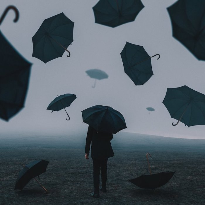 Зонтики. Автор: Adam Bird.