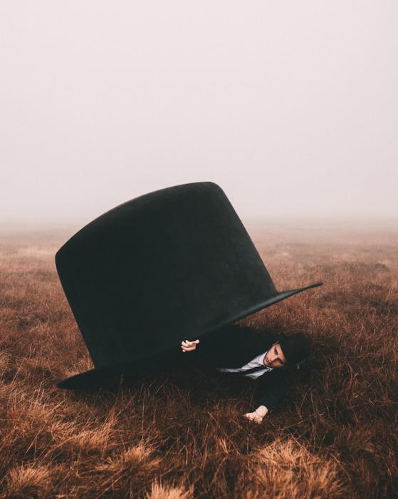 Шляпа. Автор: Adam Bird.