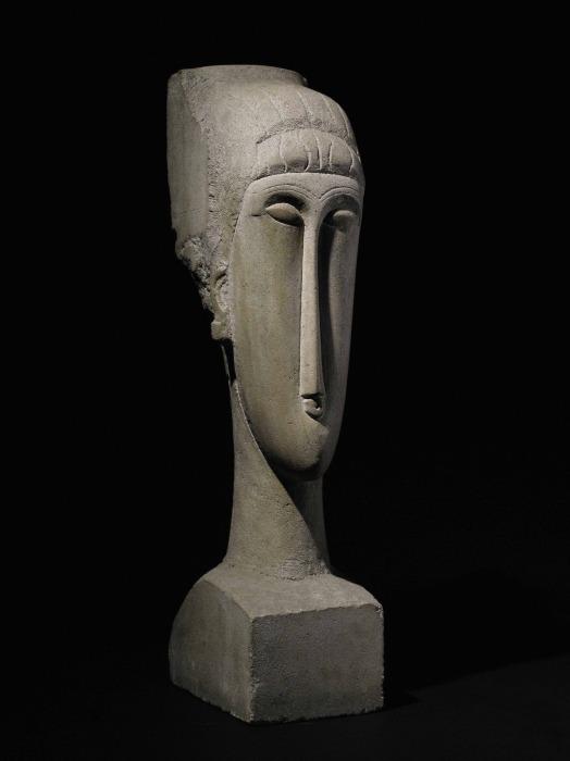 Скульптура: Голова, Амедео Модильяни. \ Фото: barnebys.co.uk.