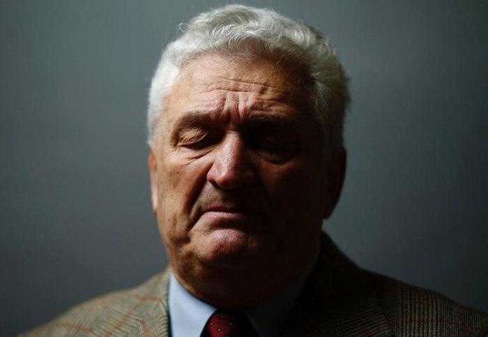 Яцек Надольный (Jacek Nadolny).
