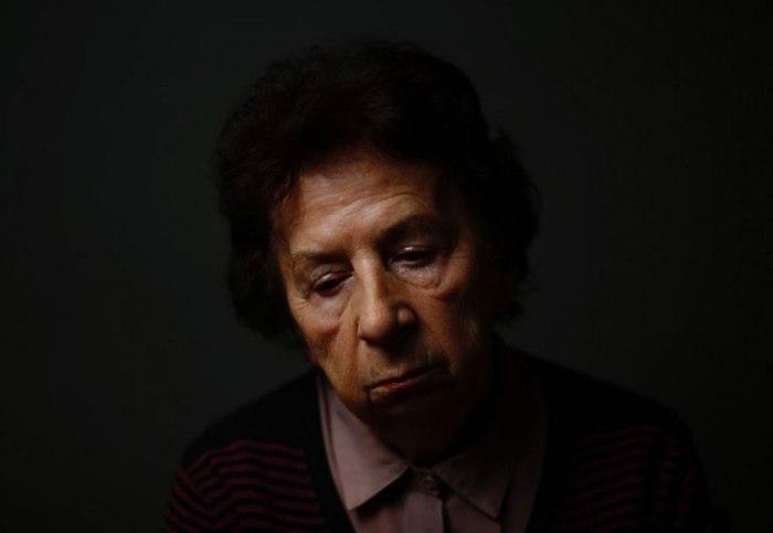 Барбара Донечка (Barbara Doniecka)  в Аушвиц попала с матерью. Вернулась одна.