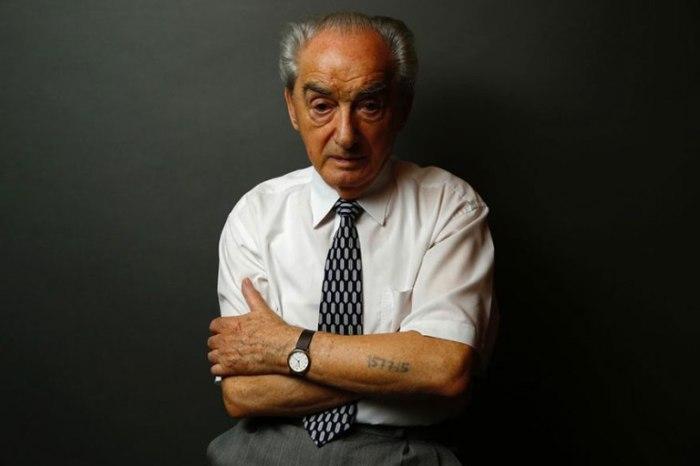 88-летний Мариан Мажерович (Marian Majerowicz). Его мама и младший брат были убиты в газовой камере.