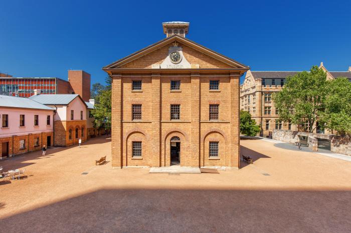 Казармы Гайд-парка, Сидней, архитектор Фрэнсис Гринуэй. \ Фото: sydneylivingmuseums.com.au.