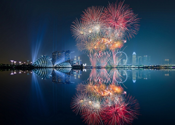 Ночной Сингапур.