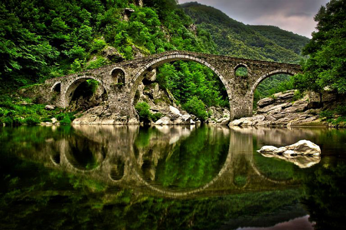 Чертов мост. Горы Родопы, Болгария.