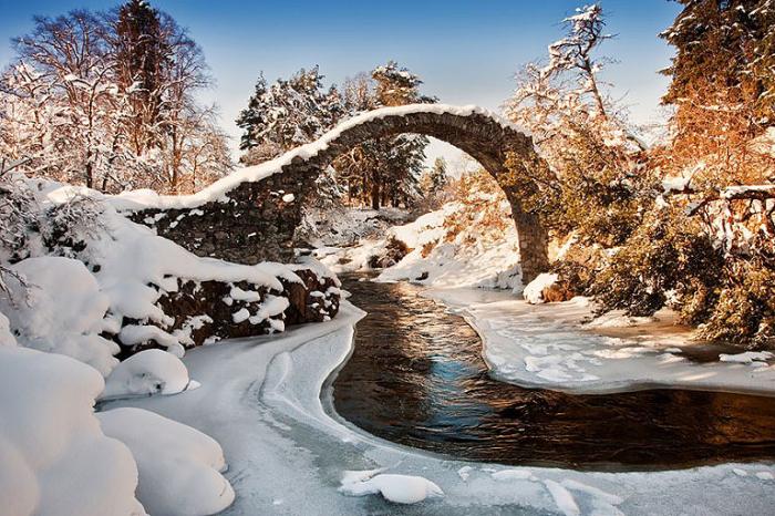 Мост. Каррбридже, Шотландия.
