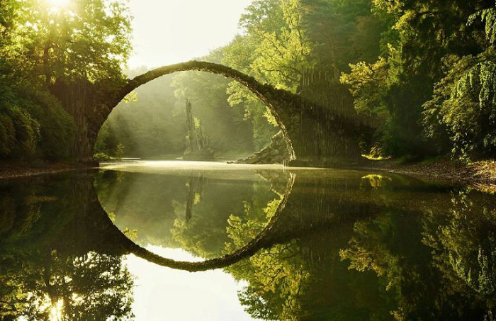 Мост Rakotz Brucke, Германия.
