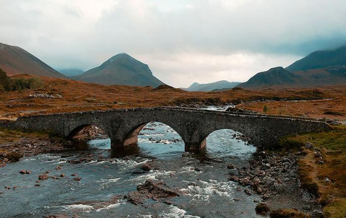Мост. Остров Скай, Шотландия.