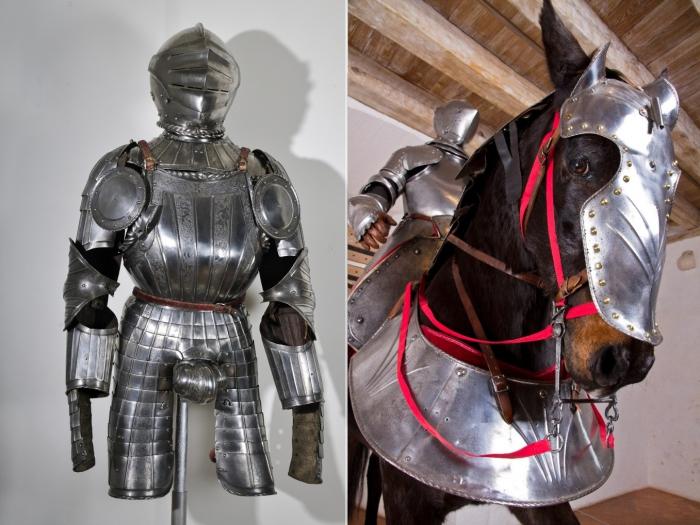 Рыцарские доспехи и доспехи для лошади, сохранились в замке Кастельно.