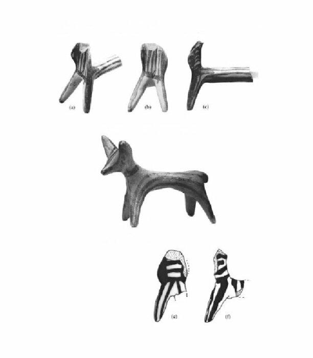 Микенский кентавр в музее Алеппо (вверху); микенская статуэтка быка (посередине); и ещё один микенский кентавр из Угарита (внизу). \ Фото: pinterest.ru.