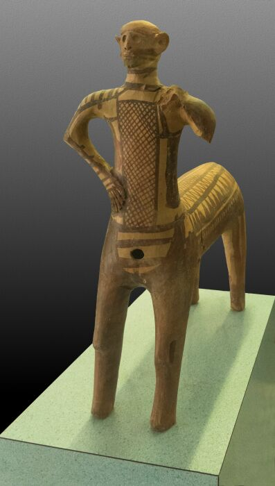 Кентавр из Лефканди, около 1000 года до н. э. \ Фото: wordpress.com.