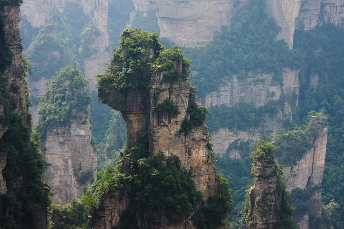 Горы Улинъюань.
