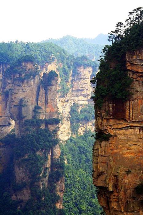 В свое время Джеймса Кэмерона так потрясли эти горы, что он «перенес» их на планету Пандора.