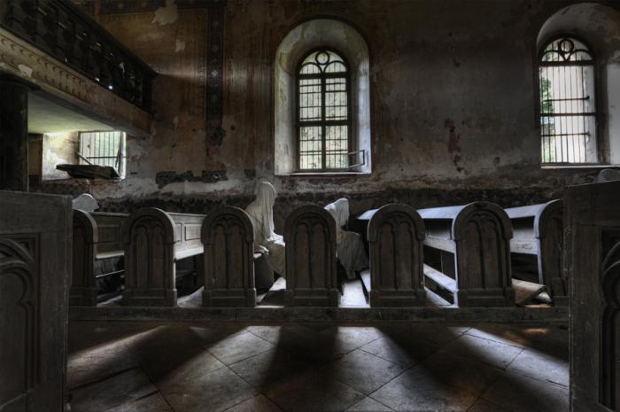 Церковь с девятью призраками. Автор фото: Ники Фейджен.