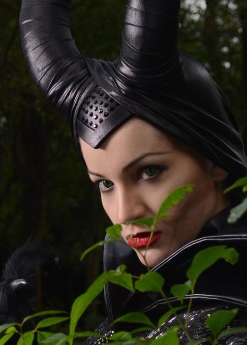 S-Lancaster. Ведьма Малефисента.