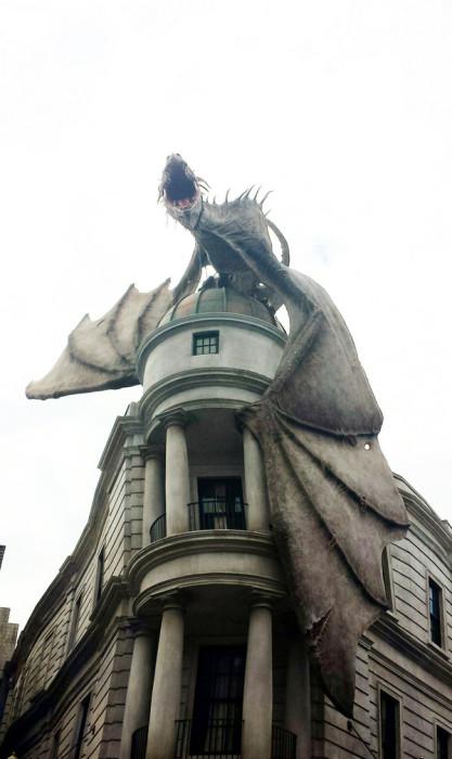 Парк развлечений Wizarding World of Harry Potter, США, Орландо.