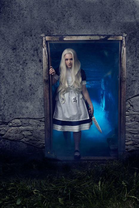 Алиса (Тёмная версия). Автор: Emmi Halmela.
