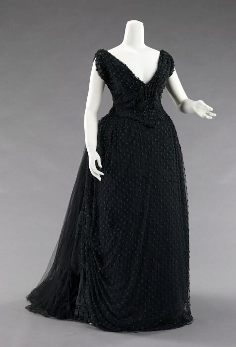 Вечернее платье от Hoschede Rebours, 1885 год. \ Фото: metmuseum.org.