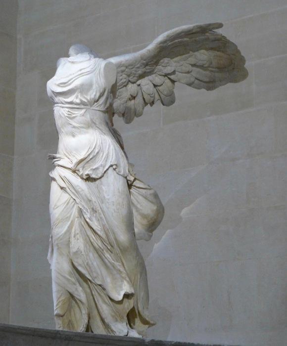 Крылатая победа Самофракии, II век до н. э. \ Фото: sutori.com.