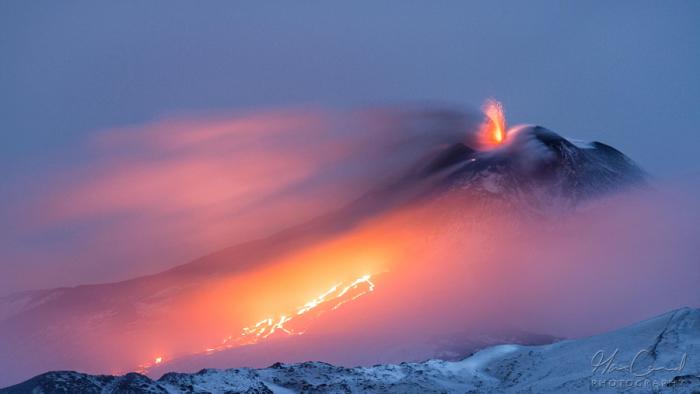 Этна – огонь и лед. Автор фото: Макс Конрад.