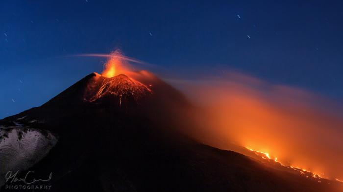 Вулканическое облачко. Автор фото: Макс Конрад.