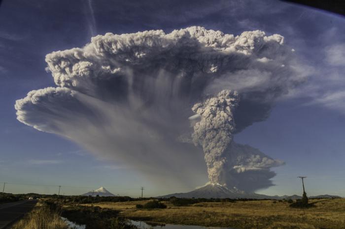 Извержение Кальбуко. Автор фото: Марсело.
