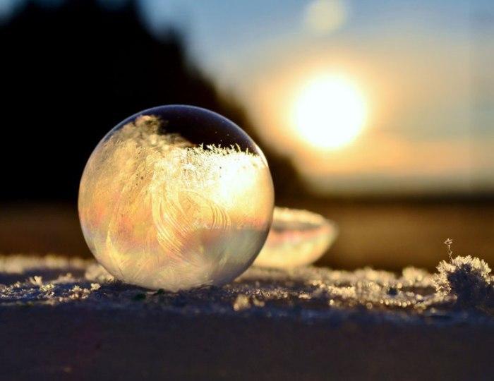 Ледяной шар.