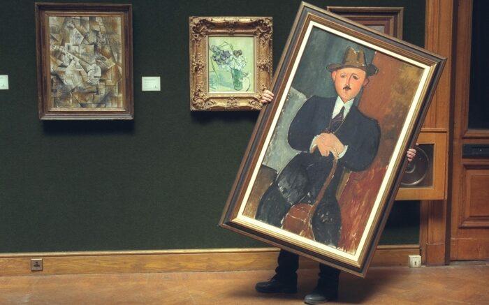 Сидящий человек с тростью, Амедео Модильяни. \ Фото: telegraph.co.uk.