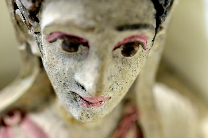 Украденный этрусский антиквариат, спрятанный в Женевском свободном порту. \ Фото: thehistoryblog.com.