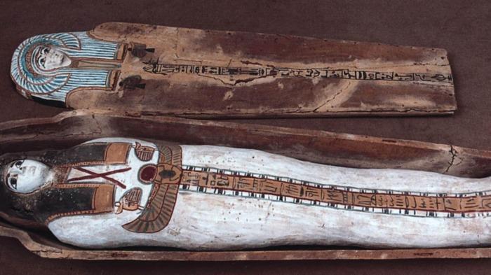 Украденные египетские сокровища, найденные в Свободном порту Женевы швейцарской таможней. \ Фото: swissinfo.ch.