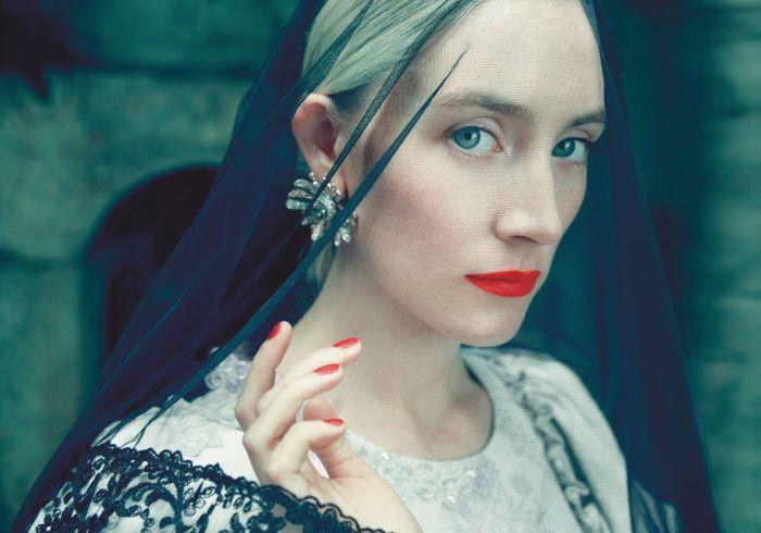 Сирша Ронан снялась для обложки Harpers Bazaar. \ Фото: popcornnews.ru.