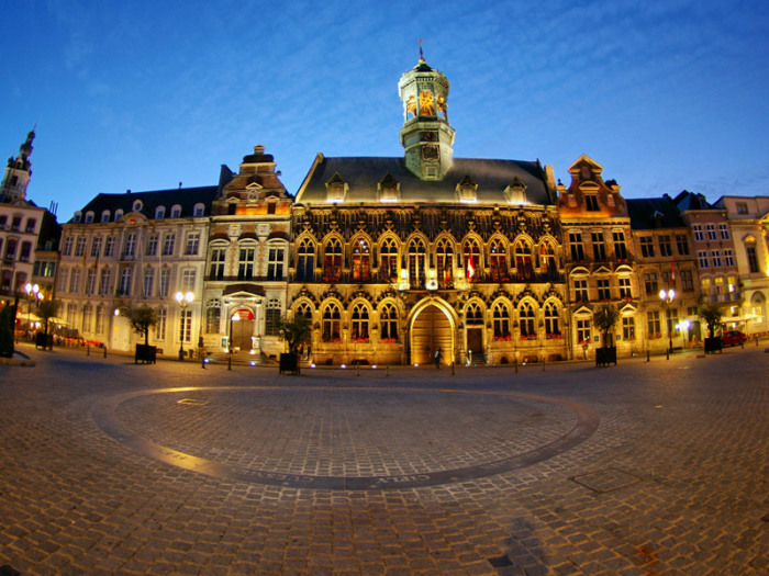 Город Монс. Бельгия.