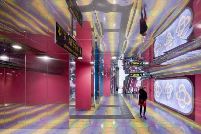Станция метро в Италии.