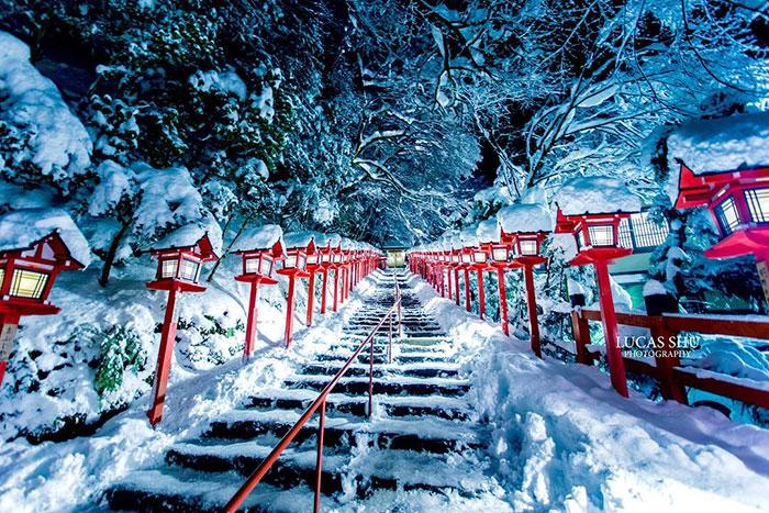 Буквально на днях Киото превратился в зимнюю сказку.