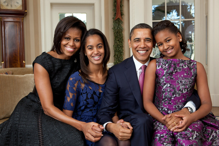 Счастливое семейство, портрет в овальном кабинете.