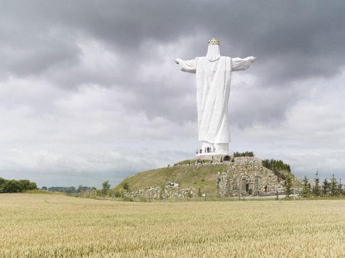 Статуя Христа Царя, Свебодзин, Польша, 36 метров. Автор: Fabrice Fouillet.
