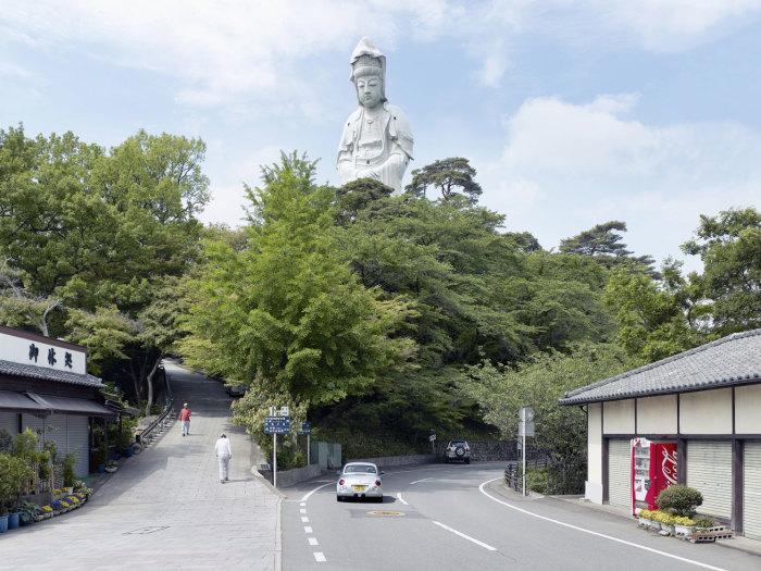 Большой Будда, Такасаки, Япония, 42 метра. Автор: Fabrice Fouillet.